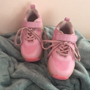Other - Girls tennis shoes 2in 1
